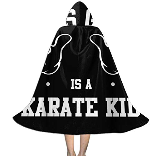 """NUJSHF Unisex Kapuzenumhang mit Kapuze """"This Girl is A Karate Kid"""", Halloween, Weihnachten, Party, Dekoration, Rolle, Cosplay, Kostüme"""