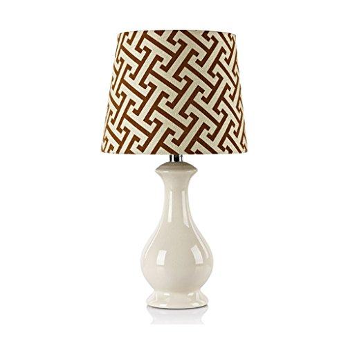 Bonne chose lampe de table Lampe de table en céramique Lampe de nuit à la chambre à coucher Luminaire décoratif créatif Décoration Lampe de table de mariage