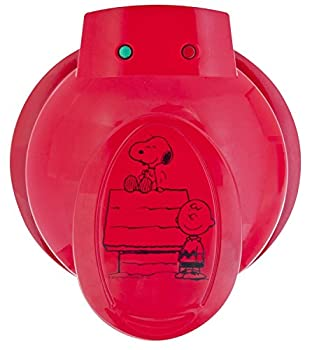 Smart Planet WM‐6S Peanuts Snoopy and Charlie Brown Waffle Maker Red