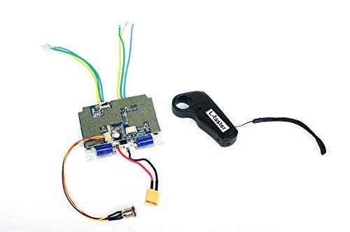 De set elektrische rolschaatsen 36 V 11 Ah wordt geleverd met een bedieningspaneel en een op maat gemaakte kunststof box van lithium.