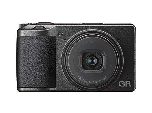 Ricoh GR III Digitale Kompaktkamera, 24 MP, 28 mm f 2.8 Objektiv mit Touchscreen LCD