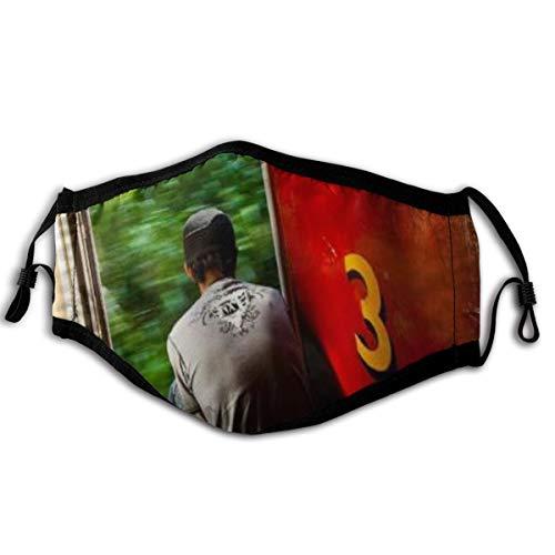 HUAYEXI Gesichtsbedeckung,Lonely Traveller Modern Red,Sturmhaube Unisex Wiederverwendbar Winddicht Staubschutz Mund Bandanas Outdoor Camping Motorrad Running