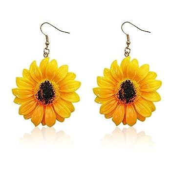 YOOE Acrylic Yellow Sunflower Dangle Earring Simple Transparent Daisy Flower Stud Earrings Bohemia Flower Plant Ear Hooks for Women  Style 1
