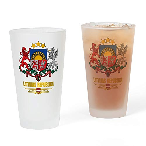 CafePress Latvia Coa Pint-Glas, 473 ml Trinkglas frosted