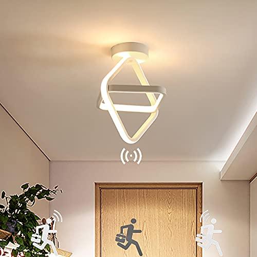 Plafón LED con Detector de Movimiento Moderna 22W Lámpara de Techo de Montaje Empotrado Cuadrado Blanco Cálido 3000K Luz de Inducción Impermeable para Pasillo Escalera Balcón Garaje Sótano, 25cm