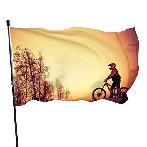 GOSMAO Bandera de Jardín Doble Costura Resistentes a la Decoloración UV Banner de Bandera Decorativo Exterior Fiesta Mardi Gras para Patio Césped Bicicleta de montaña del Bosque 150X90cm