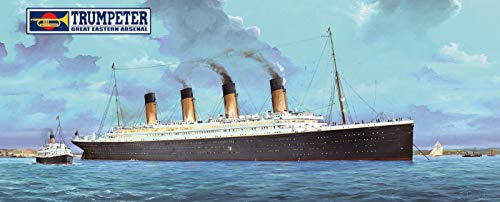 TRUMPETER 03719 Titanic With Leds 1:200