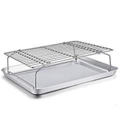 🥓HEALTHY MATERIAL: TeamFar baking sheet pan and wire cooling rack with no lead or any other toxic substance, Made of pure stainless steel, No worry about coating peel off or any toxic material leaching into food, Great replacement of aluminum pan and...