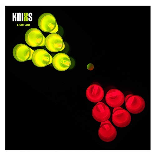 KNIXS 14-teiliges Beer Pong Set mit Zwei Ping Pong Bällen und zwölf Knicklicht-Bechern in Rot und Gelb Leuchtend - tolles Party-Gadget für Geburtstage, Junggesellenabschiede und Silvester