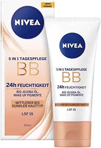 NIVEA BB 5 in 1 Tagespflege 24h Feuchtigkeit (50 ml), BB Cream für mittlere bis dunkle Hauttypen mit LSF 15, getönte Tagescreme mit Bio Jojoba-Öl & Make-up Pigmenten
