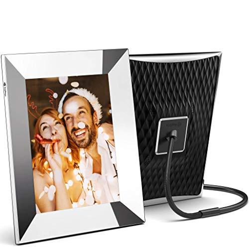 Nixplay 2K WLAN Digitaler Smart Bilderrahmen 9.7 Zoll, Metall. Teilen Sie Momente Sofort über die App oder E-Mail