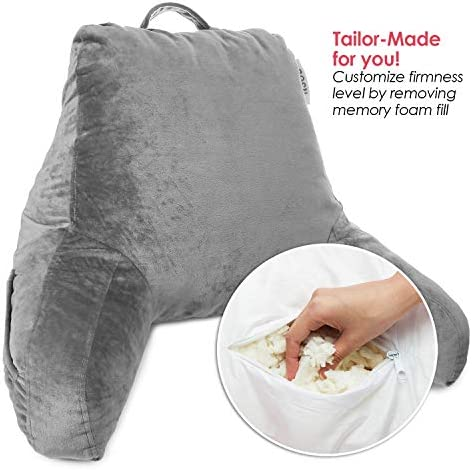 Pillow with arm _image2