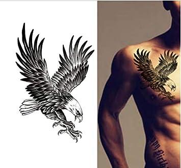 Brust tattoos bei frauen