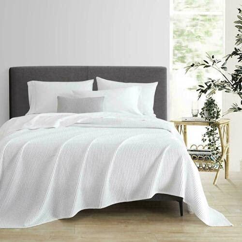 Manta gris para cama de tamaño grande, para sofá, manta súper suave, cálida y acogedora