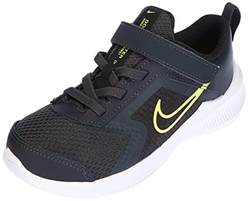 Nike Downshifter 11, Scarpe da Ginnastica Unisex-Bambini, Dk Smoke Grey/Volt-Black-White, 23.5 EU