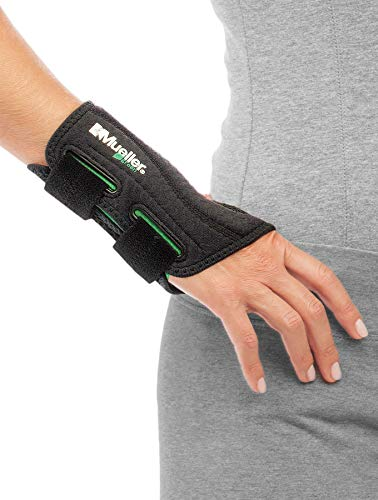 Mueller Fitted Wrist Brace, Black, Right Hand, Small/Medium (5-8)