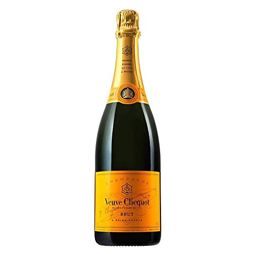 Photo of Veuve Clicquot Yellow Label Champagne NV 75 cl (Case of 6)