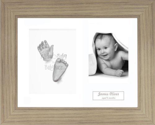 Anika-Baby Kit de moulage pour bébé Cadre 3 ouvertures Effet chêne Passe-partout blanc/fond blanc/peinture argenté 29,1 x 21,6 cm