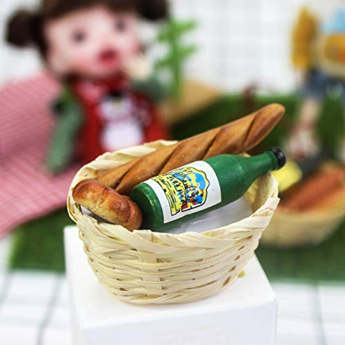 helegeSONG Dollhouse Accessories,1/12 Scale Dollhouse Miniature Food Bread Toast with Basket Pretend Play Toy