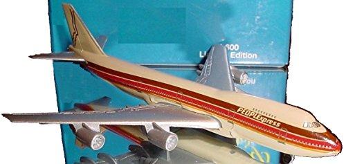 Schabak 1:600 Scale Diecast 2901/204 PeoplExpress Airlines Boeing 747-200