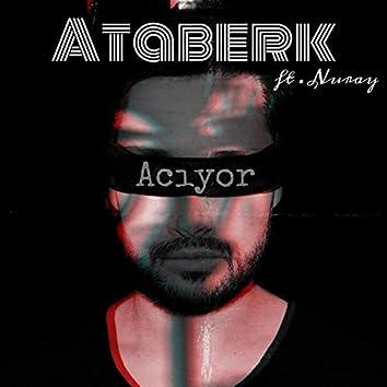 Acıyor (feat. Nuray)