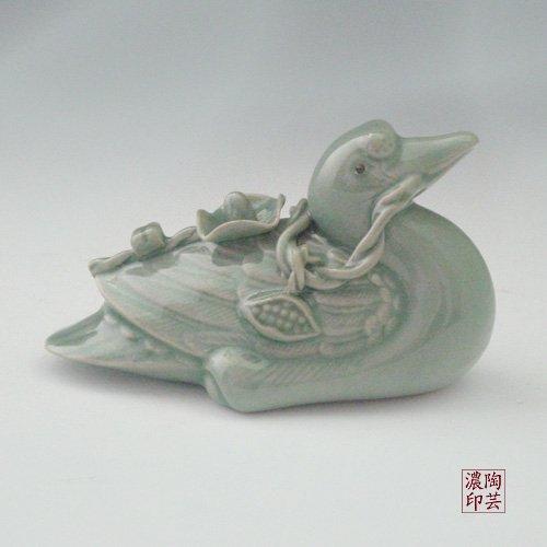 Figurine décorative en forme de canard vert en céramique céladon avec vernis Décoration pour intérieur figurine en porcelaine coréenne