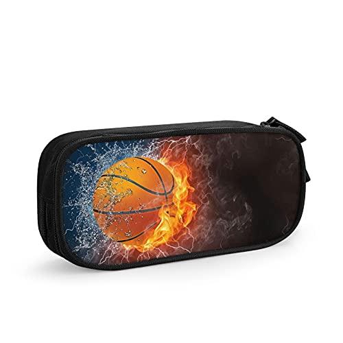 Estuche horizontal para lápices de baloncesto en el fuego y el agua con iluminación alrededor de fondo negro. Bolsa de gran capacidad de almacenamiento para escuela, oficina, gran capacidad