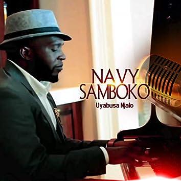 Uyabusa Njalo (Live)
