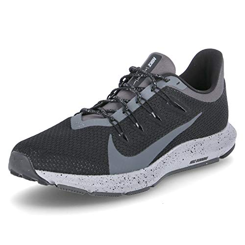 Nike Herren Quest 2 Se Leichtathletikschuhe, Mehrfarbig (Dark Grey/Black/Wolf Grey/Pure Platinum 002), 44 EU
