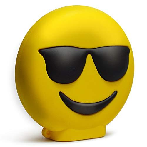 KawKaw Emoji-Powerbank mit 8800 mAh und 2X USB-Anschluss - Viele Motive wie lustige Smileys & süße Emojis - Geschenkidee witzig & innovativ - Kuss, Grinsen, Zwinkern, Zunge, Herzen (Pokerface)