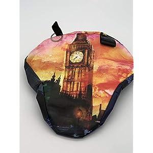 """Fahrradsattelschoner mit Geheimfach """"London"""" , aus weiterverwendet Einkaufstaschen !!!!!"""