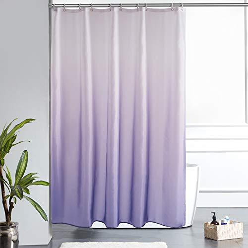 Furlinic Schmaler Duschvorhang Badvorhang Textil aus Polyester Stoff Schimmelresistent Wasserabweisend Waschbar für Bad Badewanne Weiß nach Lila 150x180 mit 10 Duschringen.