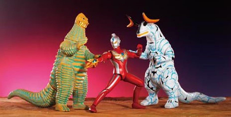 Ultraman Max Action Monster Series showdown set Ultraman Max vs legendary monster (japan import)