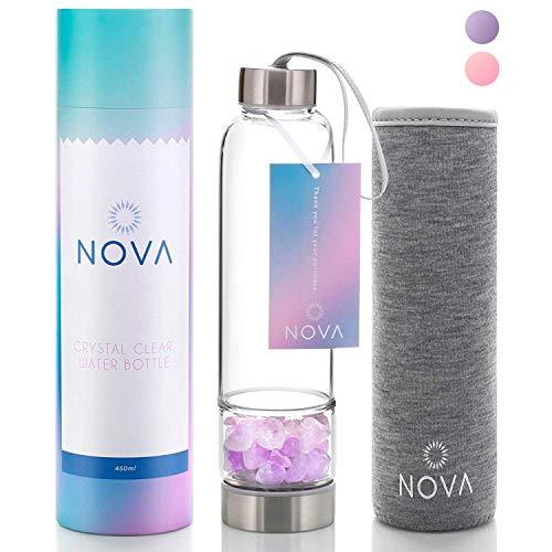 Crystal Elixir Infused Gem Trinkflasche - Wellness Glas und Edelstahl inkl. Schutzhülle und abnehmbarem Kristall - 425 ml (Amethyst)