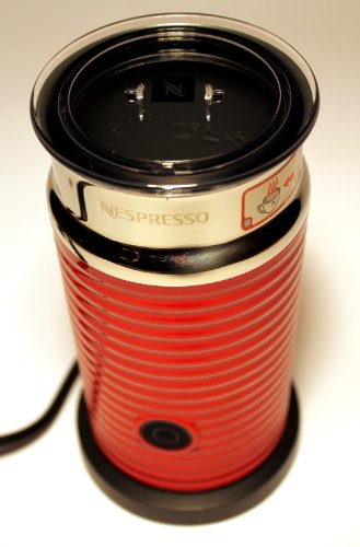 Nespresso Aeroccino 3 Milchaufschäumer Rot