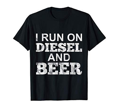 Ich fahre mit Diesel und Bier Geschenk Dieselmotor-Fans T-Shirt