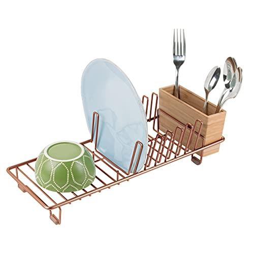 mDesign Abtropfgestell aus Metall – Abtropfablage für die Küchentheke, Arbeitsplatte oder Spüle – mit dreiteiligem Besteckhalter aus Bambus – kupferfarben und naturbelassen