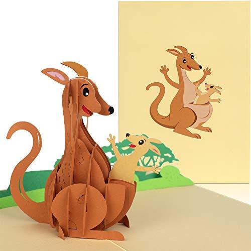 PaperCrush® Pop-Up Karte Känguru [NEU!] - Lustige 3D Muttertagskarte, Glückwunschkarte zu Geburt oder Muttertag, Geschenkidee für Australien Reise oder Backpacker, Handgemachte Geburtstagskarte