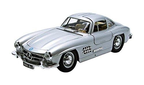 Bburago - Modellino di Mercedes Benz 300 SL (1954), Scala 1:24, Colore: Argento