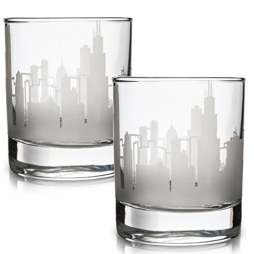 Greenline Goods Skyline Etched Chicago Whiskey Glasses Gift (Set of 2)   Old Fashioned Tumbler – For Chicago Lovers