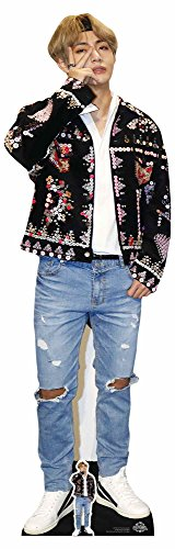 Star Cutouts Ltd CS746 V Papp-Aufsteller in Lebensgröße von Kim Taehyung (V) Bangtan Boys, mehrfarbig