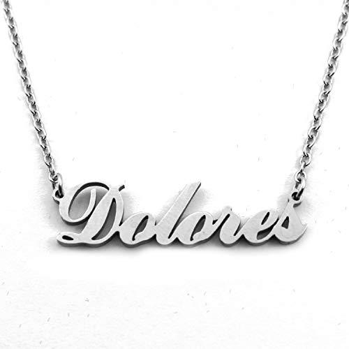 Dolores Italic - Collar con nombre personalizado en tono plateado, colgantes de nombre delicado, joyería para mujer, novia, madre, hermana, amigas