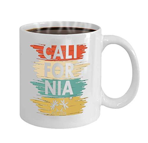 Regalo divertido de la taza de café Ropa del diseño de la tipografía de California Palm Sun Ropa de diseño de la tipografía de California Palm Sun