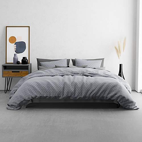 KØZY LIVING Traumwelt Bettwäsche-Set – 1 Deckenbezug 155 x 200 cm mit 1 Kissenbezug 80x80 cm – hochwertige, atmungsaktive Ganzjahresbettwäsche Baumwolle mit Reißverschluss – Grau-blau geometrisch