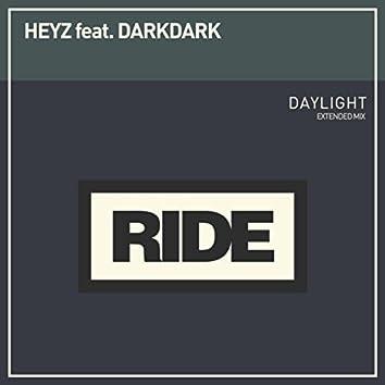 Daylight (feat. DarkDark)