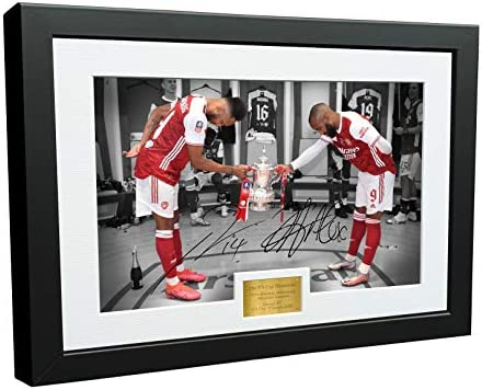 12x8 A4 Signed 2020 FA CUP WINNERS HANDSHAKE Alexandre Lacazette Pierre Emerick Aubameyang Arsenal product image