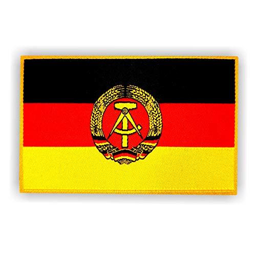 2 x Flagge der Deutschen Demokratischen Republik DDR als Aufbügler ca.8cm x 5cm mit Klebe-Rückseite für Textilien Deutschland Patch Aufnäher Aufbügler aufbügeln