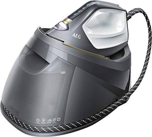 AEG ST8-1-8EGM Dampfbügelstation / Touchscreen / 4 Bügelprogramme mit Outdoor-Technologie / dauerhaftes Licht / 7,5 bar Dampfdruck / 400 g Dampfstoß / kratzfeste Bügelsohle / 1,2 l Wassertank / grau