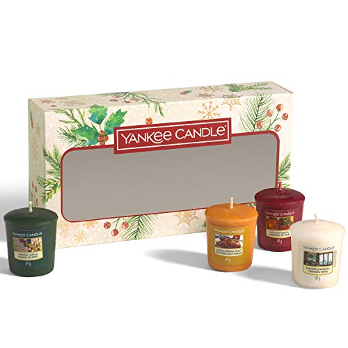 Yankee Candle Gift Set | 4 Christmas Scented Votive Candles | Magical Christmas Morning Collection