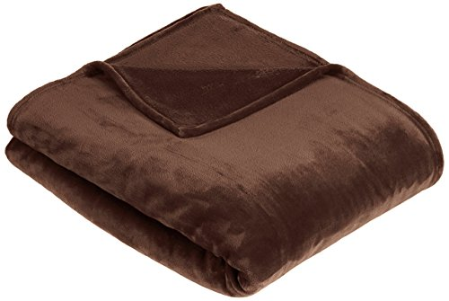 Amazon Basics Velvet Plush Throw Manta suave con tacto de terciopelo, Marrón chocolate, 168 x 229cm